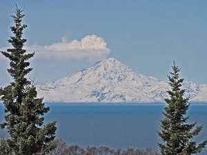 Mt. Redoubt with steam and ask cloud