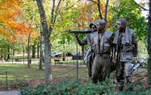 Soldiers at Vietnam Memorial