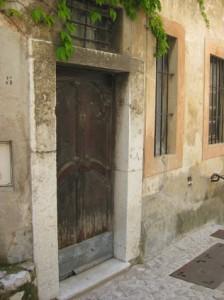 15b small doors